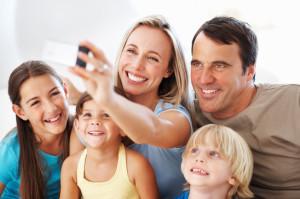 photodune-648924-family-taking-self-portrait-xs